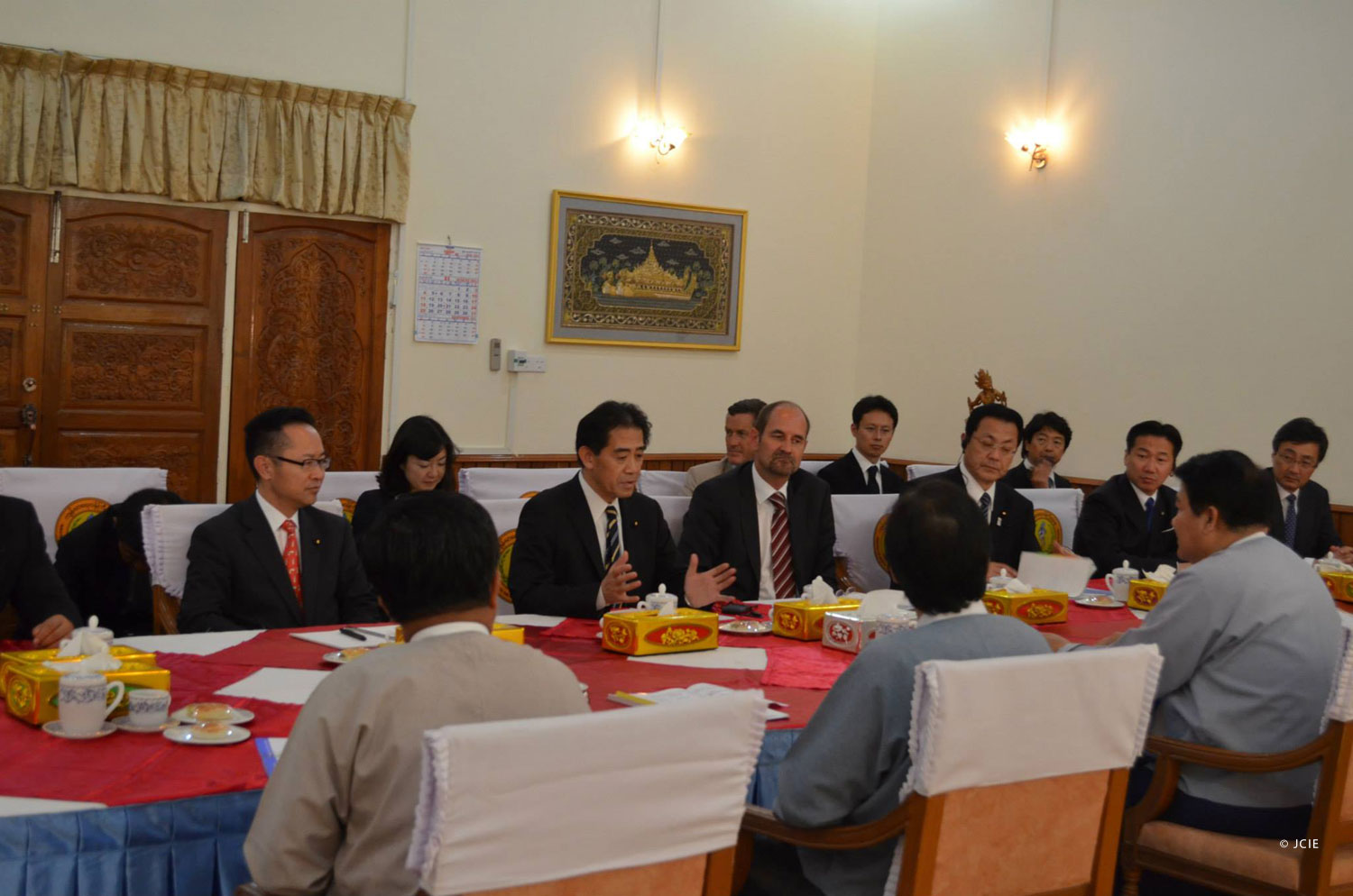 FGFJ Diet Task Force members meet with the health minister of Myanmar
